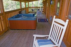 Away From It All in Gatlinburg, Tennessee: Hot Tub