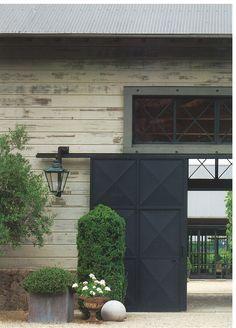 Interesting entrance. I love that door. (I love lamp)