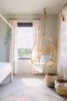 Soft neutral bedroom design with pink stripe curtains, accent bedroom windows, and a corner woven hanging chair Bedroom Corner, Bedroom Chair, Room Ideas Bedroom, Bedroom Decor, Swing Chair For Bedroom, Corner Curtains, Hanging Swing Chair, Hanging Beds, Bedroom Girls