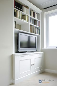 Our wonderful alcove cupboard solutions are the talk of the town and will be the envy of all your friends. Get some Alcove Cupboard inspiration now! Alcove Desk, Alcove Cupboards, Cabinet Shelving, Cupboard Storage, Tv Cabinets, Living Room Shelves, Home Living Room, Living Room Designs, Cosy Corner