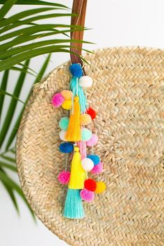 Poolside Cool: DIY Pom Pom Tassel Circle Pool Bag