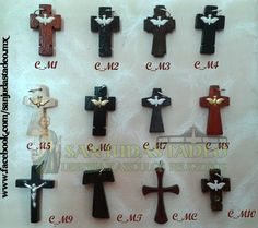 Cruces de madera Medianas en diferentes tonos y diseños