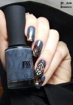 nails negativespase nails