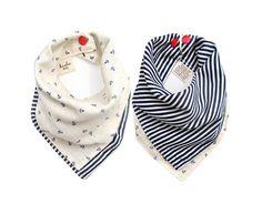 Baby Halstuch als Geschenk zur Geburt: zu kaufen auf Etsy #Babygeschenk #Geburt #Inspiration Reversible muslin baby bandana