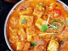 kadai paneer gravy recipe - restaurant style kadhai paneer recipe with step by syep photos. It can be served with plain paratha, roti, jeera rice. Paneer Gravy Recipe, Paneer Recipes, Masala Recipe, Veg Recipes, Curry Recipes, Indian Food Recipes, Vegetarian Recipes, Cooking Recipes, Ethnic Recipes