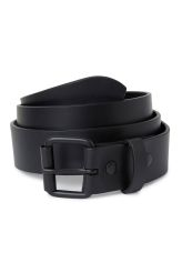The Brilliant Leather Belt is made of smooth leather and has matte black coated details, for a clean look.