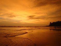Resultado de imagem para calangute beach sunset