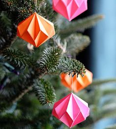 We bet you can't make just one of these pretty paper ornaments from How About Orange! Jessica gets creative with color, or you could add a touch of bling to your origami diamond ornament with a dusting of glitter.