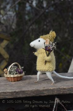 Little Collector Mouse - Needle Felted Ornament - Felting Dreams by Johana Molina - READY TO SHIP