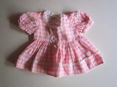 Schöne alte Puppenkleidung - Rosa- weiß- kariertes Kleid/ sehr niedlich