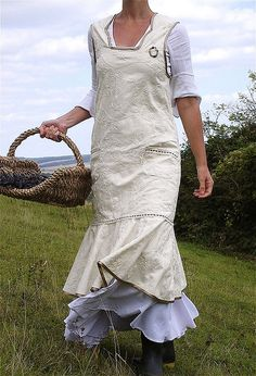 Long apron ( add tool or harvest pocket above ruffle)