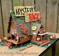 Bake With Me: Gingerbread Mystery Shack for the Gravity Falls finale! (FINAL) | Pretty Cake Machine