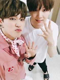 Min Yoongi is a famous rapper. Park Jimin runs a fan account dedicated to said rapper. Maybe Jimin will become more than just a fan. [side ships: Namjin and T. Yoongi Bts, Namjoon, Bts Bangtan Boy, Seokjin, Bts Taehyung, Jikook, Wattpad, Bts Memes, Bts Home Party