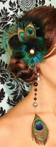 hair styles updo Iridescent Peacock Blue Feather Fascinator Iridescent Peacock Blue Feather Fascinator by TheHauteFeather Blue Feather, Peacock Feathers, Peacock Hair, Peacock Blue, Feather Hair, Peacock Theme, Peacock Wedding, Wedding Flowers, Steampunk Hairstyles