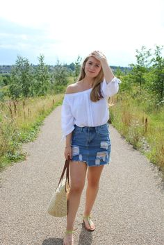 10 ways to style a denim skirt, for all seasons ❤ styling denim, ripped denim skirt, denim skirt, off shoulder top, styling off shoulder tops, comfy style, classy style
