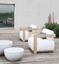 Very stylish wooden garden furniture  | adamchristopherdesign.co.uk