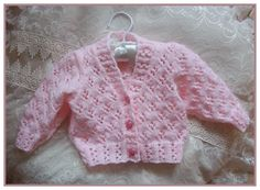 Picture outcome for child free knitting patterns uk Free Knitting Patterns Uk, Baby Knitting Free, Baby Cardigan Knitting Pattern Free, Free Baby Patterns, Chunky Knitting Patterns, Knitting For Kids, Free Pattern, Knit Patterns, Knitting Projects
