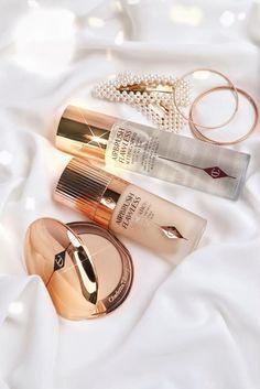 Cream Aesthetic, Aesthetic Beauty, Aesthetic Makeup, Makeup Blog, Makeup Kit, Skin Makeup, Makeup Brands, Best Makeup Products, Fixing Spray