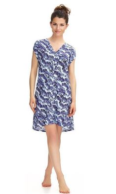 Shop Holiday Dresses, short beach dresses and longer maxi dresses. Look fabulous on holiday in these stunning prints and vibrant colours. Short Beach Dresses, Lanai, Holiday Dresses, Designer Dresses, Vibrant Colors, Tunic, Casual, Shopping, Collection