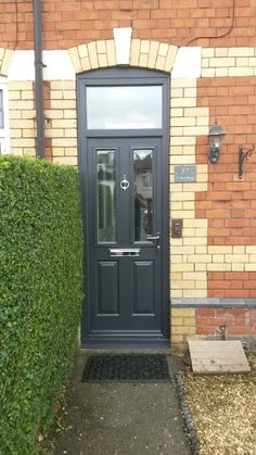 Another stunning Etna composite door Installed by one of our preferred installers. Find your nearest here and get a quote today: http://endurancedoors.co.uk/authorised-retailers/