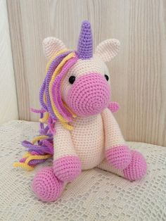 Super Design Ideas for Crochet Amigurumi Dolls Giraffe Crochet, Crochet Unicorn, Crochet Bunny, Cute Crochet, Crochet Motif, Crochet Animals, Crochet Crafts, Crochet Projects, Crochet Animal Patterns