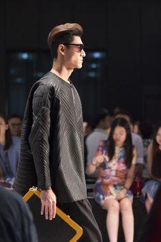 #hongkong designers show their creative designs at #HKFW #menswear #style #fashion #fashionweek #hkfashionweek