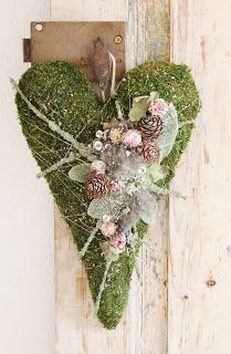 Moss Green Heart. Valentines or Anytime. at idémakeriet