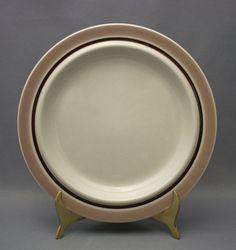 Tuotteet | Astiataivas.fi - Vanhojen astioiden ystävien löytöpaikka Decorative Plates, Tableware, Home Decor, Homemade Home Decor, Dinnerware, Dishes, Place Settings, Decoration Home, Interior Decorating