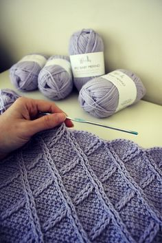 Ravelry: Once Upon A Cable Blanket pattern by Lisa van Klaveren - Super Crochet Crochet For Beginners Blanket, Baby Blanket Crochet, Crochet Blankets, Crochet Afghans, Beginner Crochet, Crochet Edgings, Crochet Borders, Tunisian Crochet, Baby Blankets