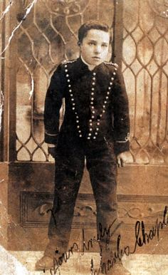 A 16 year-old Charlie Chaplin in 1905.