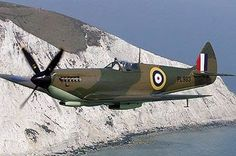 "a beautiful raf spitfire in flight,looks like english ""white cliffs of dover"".Spitfire Mk VIII, possibly a film star, seeing as its in an early war colour scheme that it would not have worn in service. Aircraft Photos, Ww2 Aircraft, Fighter Aircraft, Military Aircraft, Fighter Jets, Battle Of Britain Movie, Spitfire Supermarine, The Spitfires, Ww2 Planes"
