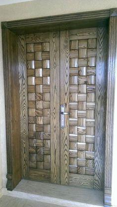 Then come and see our new content Wooden Main Door Design Ideas. Wooden Front Door Design, Double Door Design, Wood Front Doors, Wooden Double Doors, Main Gate Design, Door Gate Design, Double Doors Interior, Door Design Interior, Modern Entrance Door