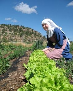 Benedictine nun. Probably from St Walburga's Abbey, Virginia Dale, Colorado.