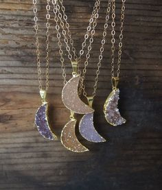 You choose stone ,we customized it for you, you will receive a beautiful Crescent moon necklace. --- 24K electroplated gold over brass on the edge of each stone .The process is completely nickel free.