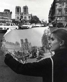 Doisneau (PHO0395)  Doisneau. Paris Notre Dame. Tirage argentique postérieur. Circa 1970