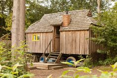 | Woodcutter's Cottage |A tiny cottage on wheels in East Sussex, England, United Kingdom at Swallowtail Hill ~ click on photo for more ~