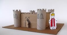Castle made from toilet paper rolls and cardboard - Basteln Toilet Paper Roll Crafts, Paper Crafts For Kids, Cardboard Crafts, Easy Crafts For Kids, Toddler Crafts, Craft Kids, Toddler Activities, Cardboard Box Castle, Castle Crafts