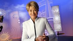 Newscaster Jane Pauley is photographed for Los Angeles Times on April 2018 in New York City. PUBLISHED Get premium, high resolution news photos at Getty Images Short Shag Hairstyles, Mom Hairstyles, Short Hairstyles For Women, Hillary Clinton Hair, Jane Pauley, Short Hair Cuts, Short Hair Styles, Helmet Hair, Roseanne Barr