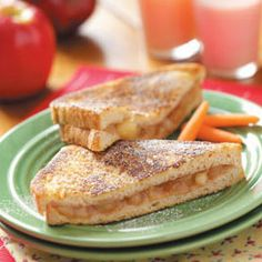 Apple Pie Sandwiches #fried #sandwiches #sammies #treats