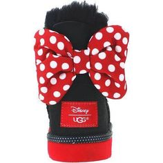 UGG Australia is the go to shoe brand for any fashionista looking to keep her toes warm and now the famous boot makers have created a new Minnie Mouse collection. The shoes are decorated with Minni...
