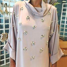 69 Ideas fashion outfits muslim for 2019 Abaya Fashion, Muslim Fashion, Modest Fashion, Fashion Dresses, Abaya Designs, Blouse Designs, Abaya Mode, Hijab Stile, Modele Hijab