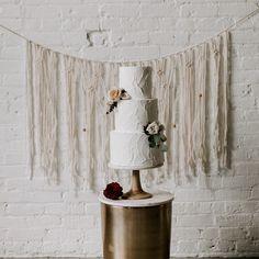 #1 worldwide supplier of handmade macrame backdrops www.thehousephoenix.etsy.com