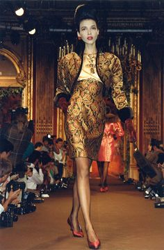 Christian Lacroix Haute Couture Fall-Winter 1988 | Flickr - Photo Sharing!