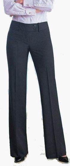 Resultado de imagen para conjunto de blazer e calça feminino para casamento