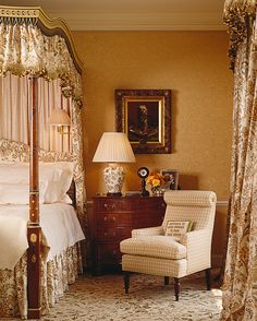 Canopy Bed...English Country