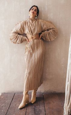 Plissé Fabric Makes Any Item Ten Times More Stunning | Who What Wear Spring Fashion Trends, Spring Trends, Winter Fashion, Cutout Dress, Simple Dresses, Editorial Fashion, Street Style, Fashion Dresses, Women's Fashion