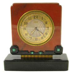 CARTIER Art Deco Reloj de jaspe, ónix negro y  malaquita.