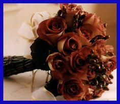 Leinotis Brown Rose Bouquet