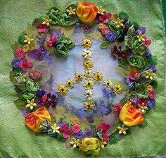 En el jardín de la vida el verde es la solidaridad, el agua más puro es la sinceridad, la amistad de flor más bella, más intenso aroma es la paz....♥