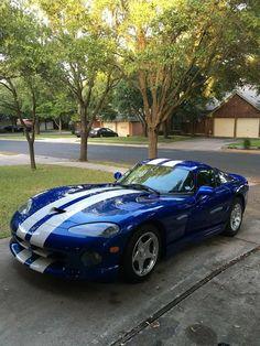 Dodge Viper..